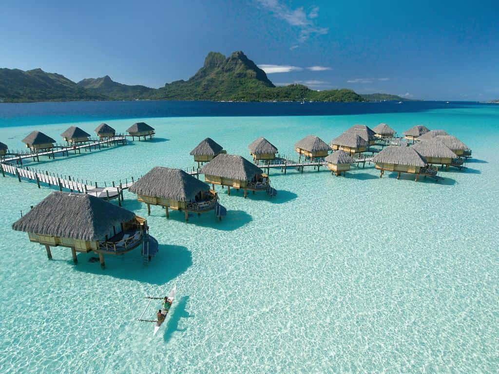 vacation huts on the water, hotels on water